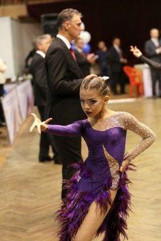 Trendy Danza Latina Latin Dancing - Dance World 2020 Latin Ballroom Dresses, Ballroom Dancing, Toddler Dancewear, Salsa Dress, Social Dance, Dance Outfits, Dance Costumes, Dance Wear, Health Benefits