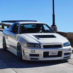 Nissan GT-R R34 Gtr, Nissan Gtr Skyline, Nissan Silvia, 370z, Classic Japanese Cars, Nissan Gtr R35, Mitsubishi Lancer Evolution, Japan Cars, Toyota Corolla