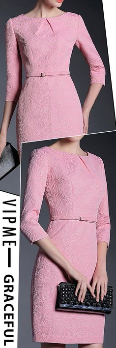 Graceful Pink Bodycon Might Be Your Good Option for Wear to Work, a Semi-Formal Dress. Jacquard Sheath Floral Printed Midi and More are Waiting for You. Shop on VIPme.com NOW!