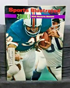 Bobby Hull, Nfl Football Players, Stone Cold Steve, Steve Austin, Milwaukee Bucks, Muhammad Ali, Miami Dolphins, Georgia Bulldogs, Minnesota Vikings