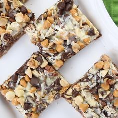 Seven Layer Bars, magic cookie bars, kitchen sink bars, whatever you call them, … - Healthy Dessert Easy Desserts, Delicious Desserts, Dessert Recipes, Yummy Food, Cookie Desserts, Easy Dessert Bars, Coconut Desserts, Layered Desserts, Dessert Food