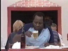Os trapalhões - Mussum no restaurante (CLÁSSICO) - YouTube