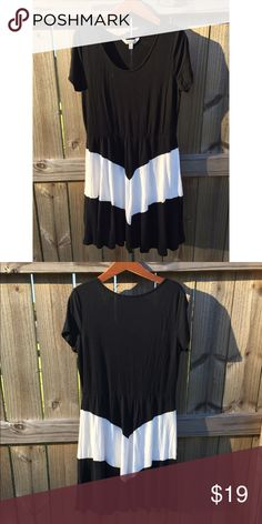 Black + White Dress | Charming Charlie Beautiful short sleeve black dress with a white chevron stripe. So soft & comfortable! Excellent condition. Charming Charlie Dresses