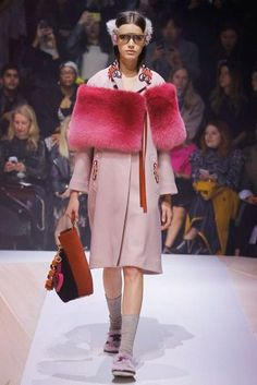 Get all the women's latest fashion advice, accessories and much more. https://fupping.com/category/women/ Anya Hindmarch Autumn/Winter 2017 Ready to Wear Collection | British Vogue
