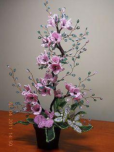 цветы из бисера-7 (360x480, 49Kb)
