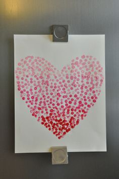Diy ombre heart painting. Cute and easy valentine's day decorations love it <3