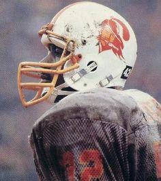 James Wilder Football Cheerleaders, Football Memes, School Football, Football Players, Football Team, Buccaneers Football, Tampa Bay Buccaneers, Football Conference, New Jersey Devils