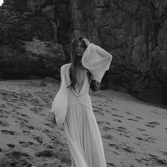 Wedding Dresses Simple Low Back .Wedding Dresses Simple Low Back Black Wedding Dresses, Boho Wedding Dress, Backless Wedding, Tulle Wedding, Boho Bride, Sustainable Wedding, Do It Yourself Fashion, Bridal Shoot, Mermaid Dresses