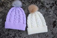 The Cushy beanie – Nurjia silmukoita Handicraft, Knitted Hats, Knit Crochet, Hello Kitty, Winter Hats, Arts And Crafts, Knitting, Koti, Beanies