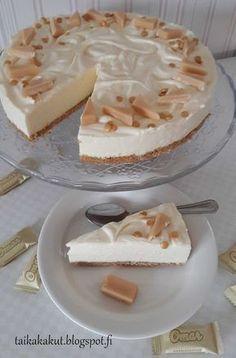 Tarun Taikakakut: Omar-juustokakku (∅24cm) No Bake Desserts, Vegan Desserts, Delicious Desserts, Dessert Recipes, Yummy Food, Frozen Cheesecake, Cheesecake Recipes, Sweet Bakery, Sweet Pastries