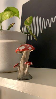 Mushroom Crafts, Mushroom Art, Bear Crafts, Fun Crafts, Diy Clay Rings, Mushroom Drawing, Clay Art Projects, Biscuit, Craft Day