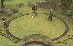 DESIGN A CIRULAR LAWN. STEP BY STEP GUIDE. A circular lawn pushes out the boundaries in every direction, especially if you can't quite see where the edges stop and start. This shape is a good choice for a very small garden or where you want an easily-ac