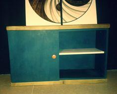 Retro Vintage Industrial skříňka pod TV