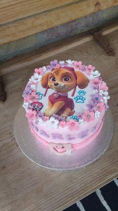 Paw Patrol Sky Cake, Pastel Paw Patrol, Girls Paw Patrol Cake, Bolo Do Paw Patrol, Torta Paw Patrol, Paw Patrol Cupcakes, Paw Patrol Birthday Girl, Pig Birthday Cakes, Birthday Cake Girls