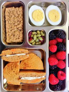 sweet potato pancakes and cream cheese, hard boiled egg, berries, edamame, whole grain fruit bar. Healthy Packed Lunches, Lunch Snacks, Healthy Meals For Kids, Kids Meals, Kid Lunches, School Lunches, Bento, Sweet Potato Pancakes, Lunch To Go