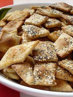 Koktél kréker recept Empanadas, Egg White Breakfast, Snack Recipes, Snacks, Hungarian Recipes, Scones, Apple Pie, Coco, Main Dishes
