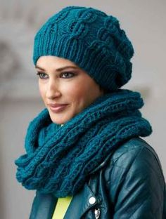 Free Hat and Loop with Lace Pattern - Let winter do its worst! In this cosy hat and matching cowl, knitted up in an on-trend color of Schachenmayr original Northern, you' will be ready to face the winter weather.