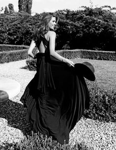 Tulin Sahin: Photo by Tamer Yilmaz for Elle Japan (December 2010) #TulinSahin #TamerYilmaz #Elle