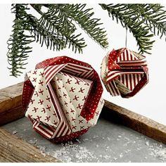 A Japanese Christmas Bauble – Creative ideas - Origami 2 Origami Christmas Ornament, Origami Ornaments, Paper Ornaments, Christmas Baubles, Christmas Crafts, Origami Paper Size, Diy Paper, Paper Crafts, Fabric Crafts