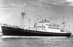 Uit vervlogen tijden: Elke dag een Nederlands schip uit het verleden Holland America Line, Rotterdam, Hal Cruises, Sailing Ships, Dutch, Nautical, Sea, Landscape, Steamers