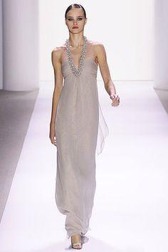 Monique Lhuillier Spring 2007 Ready-to-Wear Fashion Show - Carolina Bergstein