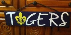 LSU Tigers hand painted pallet sign.