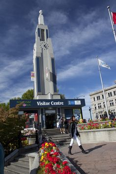 Make the most of your vacation to Victoria! Come to our visitor centre and let our team help you with any of your trip planning needs. Canada Vancouver, Vancouver Island, Canada Tourism, Local Attractions, Plan Your Trip, British Columbia, Trip Planning, Centre, Victoria