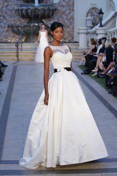 black and white wedding dress. Dream Wedding Dresses, Wedding Gowns, Camo Wedding, Wedding Fun, Rustic Wedding, Wedding Stuff, Wedding Cakes, Sophisticated Bride, Bridal Fashion Week