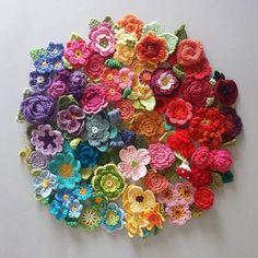 Flores crochet colorido