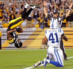 Pittsburgh Steelers wide receiver Antonio Brown shows off his gymnastics skills