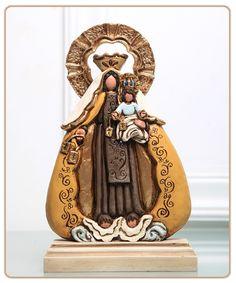 Virgen del Carmen. Escultora venezolana Guitla Ibáñez Bronstein. www.guitla.com