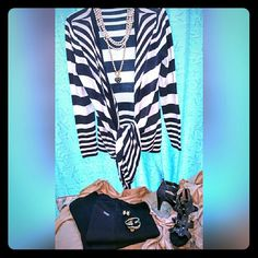 LADIES BLACK & WHITE SHORT TO LONG CARDIGAN THIS ITEM HAS NEVER BEEN WORN. SIZE IS M. BY FOREVER 21...NON SMOKING HOME. Forever 21 Sweaters Cardigans