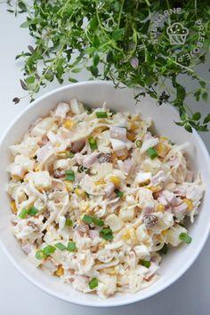 Wielkanocna sałatka teściowej z selerem konserwowym - KulinarnePrzeboje.pl Brown Sugar Chicken, Pasta Salad, Risotto, Cooking Recipes, Meals, Healthy, Ethnic Recipes, Food, Impreza
