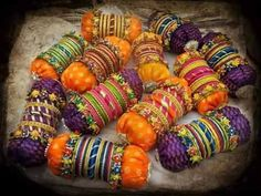 We ship all over the world. Also Available punjabi jutti, gota mehndi jewelry n bangles in more colours and designs . For order and… Food Wedding Favors, Indian Wedding Favors, Desi Wedding Decor, Wedding Plates, Wedding Favors Cheap, Indian Wedding Decorations, Wedding Crafts, Engagement Decorations, Wedding Souvenir