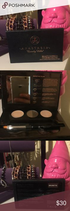 Beauty express,for brows and eyes Just swatched,is a true brown and im black hair,the wax is not swatched,have 2 shades for the brow,1 eyeshadow and 1 highlater,trades welcome Anastasia Beverly Hills Makeup Eyebrow Filler