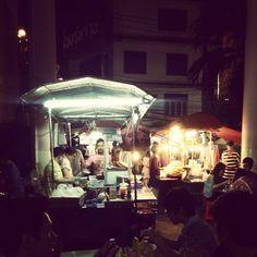 Award winning #PadThai #FTW #soi38 #ThongLor #streetfood #BKK #Bangkok #Thailand - @ruben_i- #webstagram #instagram