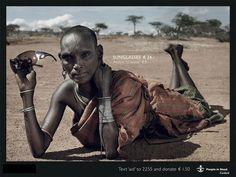 #People in need, une campagne décalée contre la pauvreté