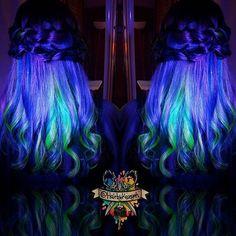 Forever obsessed with #blacklighthair  #neonhair #neonrainbow #ravehair #glowhair ##behindthechair #modernsalon #beautylaunchpad #hotonbeauty #americansalon #hairbykaseyoh #arcticfoxhaircolor #manicpanic