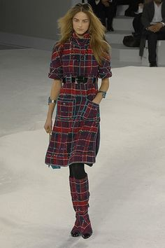 Chanel Fall 2007 Ready-to-Wear Collection Photos - Vogue