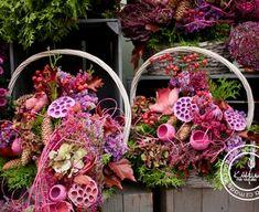 Casket Flowers, Christmas Wreaths, Floral Wreath, Home Decor, Fall Pumpkins, All Saints Day, Christmas, Floral Crown, Decoration Home