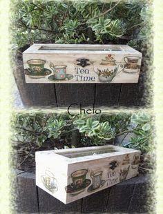 caja tacitas de té Decoupage Box, Decoupage Vintage, Altered Cigar Boxes, Stencil Wood, Pintura Country, Tea Box, Treasure Boxes, Wood Boxes, Painting On Wood