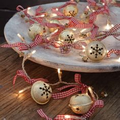 Jingle Bell Lights - Lichterkette in gold