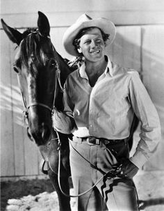 AT HOME ON THE RANCH - Joel McCrea at his ranch - Thousand Oaks, California - 1937 We live behind him in 1963 and I used to pet his horse wonder if thats the same one His name was Stardust I will have to check I have a pic of him WOW how cool Hollywood Icons, Golden Age Of Hollywood, Hollywood Stars, Classic Hollywood, Old Hollywood, Hollywood Celebrities, Actors Male, Actors & Actresses, Old Movies