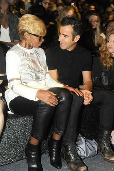 Pin for Later: Can't-Miss Celebrity Pics!  Mary J. Blige and Justin Theroux had a chat at the Alexander Wang x H&M Collection event in NYC on Thursday.
