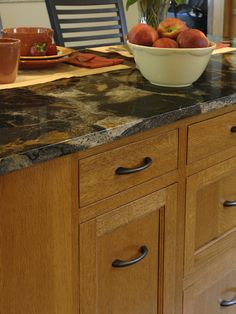 Genial Like This Hardware. Honey Oak Cabinets, Oak Kitchen Cabinets, Updating Oak  Cabinets,