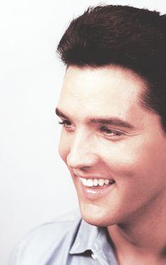 """""""Talento es ser capaz de vender lo que estás sintiendo"""". (Elvis Presley 1960)"""