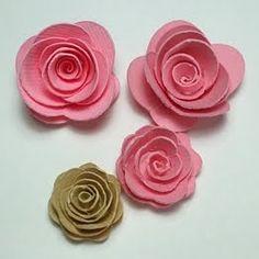Taglio a spirale per produrre roselline.    Necessitano di colla a caldo sul fondo, per istruzioni sul montaggio vede...