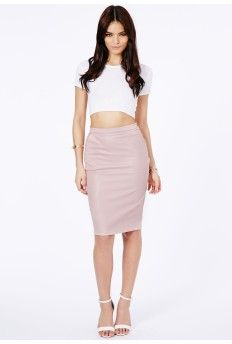 Look simply delicious in our leather pencil skirt. This sophisticated style adds texture and an edge to your look. Team with a loose fit blouse or tee and strappy heels. Features concealed centre-back zip Approx (based on a. Pink Pencil Skirt, Pencil Skirt Outfits, Pencil Skirts, Curvy Fashion, Plus Size Fashion, Womens Fashion, Pvc Skirt, Midi Skirt, Faux Leather Pencil Skirt