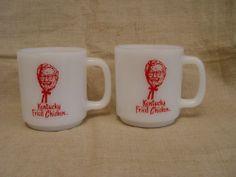PAIR KFC Kentucky Fried Chicken MOM & DAD Glasbake Advertising Coffee Mugs
