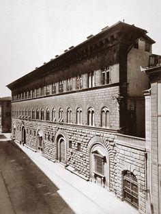 1865: Palazzo Medici Riccardi on Via Cavour